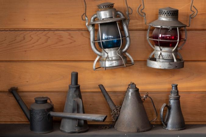 Lanterns & Cans